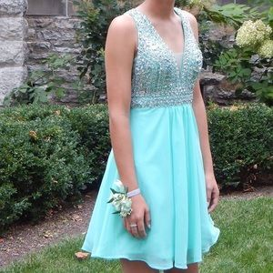 Dresses & Skirts - teal homecoming dress